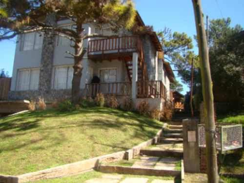 Villa Gesell Alarma,wi-fi. Garage Hidromasaje