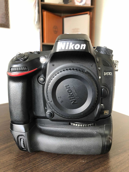 Camera Nikon D610 + Grip Original + 2 Baterias