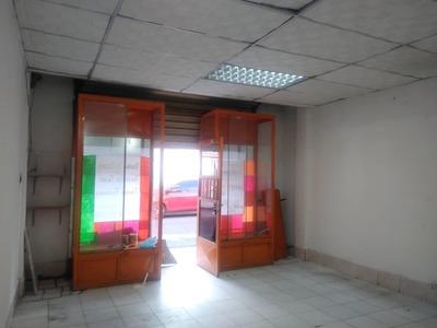Maison Alquila Local En La Barraca 04149436977