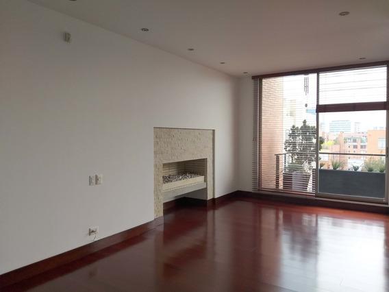 Apartamento En Arriendo En Chicó Navarra