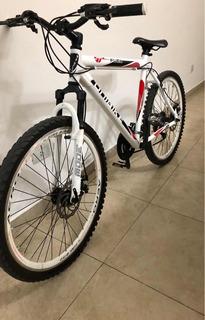 Bicicleta Moutain Bike