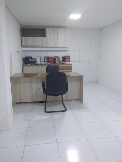 1 Sala, Recepção Com 2 Banheiros Social