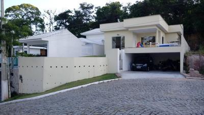 Casa Com 3 Dormitórios À Venda, 139 M² Por R$ 500.000 - Itaipu - Niterói/rj - Ca0900