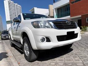 Toyota Hilux Sr Doble Cabina 4x2 2015