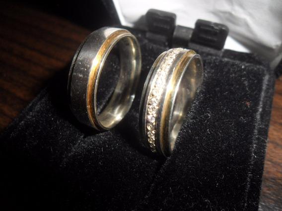 Par De Alianças Prata Folhadas A Ouro - Feminina Com Pedras