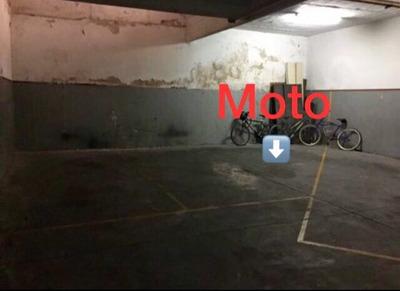 Cochera En Alquiler. Auto O Moto, Calle Juana Azurduy, Nuñez
