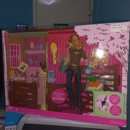 Imagem 1 de 6 de Barbie Dream Stable Estábulo Cavalo Set Acessórios 2006 Cão