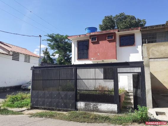 Casa Quinta Venta Carvajal Edo Trujillo 19-16316 Js