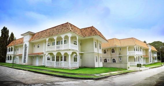 Amplio Apartamento En Venta En Albrook Panama