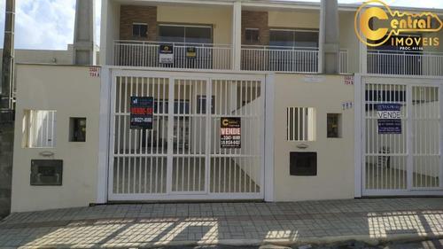 Sobrado  Com 2 Dormitório(s) Localizado(a) No Bairro Itacolomi Em Balneário Piçarras / Balneário Piçarras  - 547