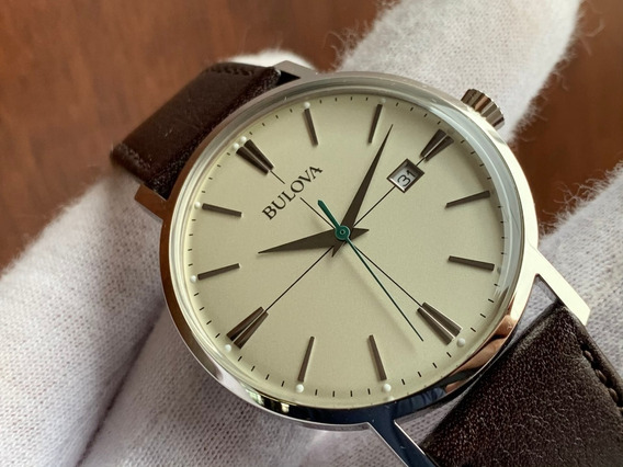 Relógio Bulova Classic Quartz 96b242