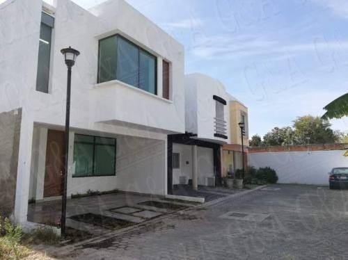 Hermosa Casa Nueva En Coto En Hogares De Nuevo Mexico