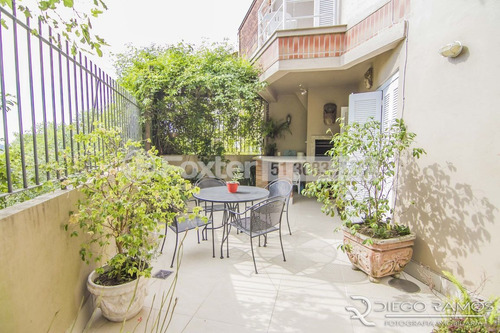 Casa Em Condomínio, 3 Dormitórios, 293.97 M², Tristeza - 138181