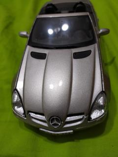 Carro Escala 1:!8 Mercedes Benz Slk