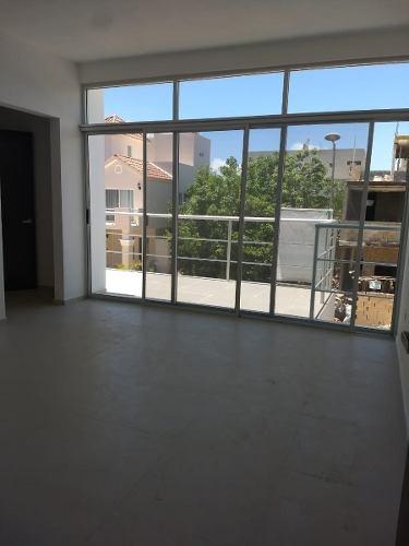 Bonita Casa En Exclusivo Residencial Por Av. Huayacán