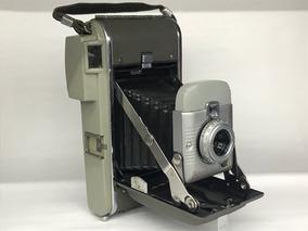 Câmera Polaroid Modelo 80 (coleção).