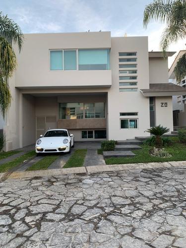 Imagen 1 de 10 de Casa En Venta Y/o Renta En Valle Real