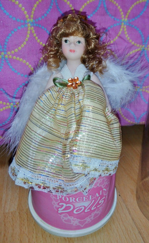 Muñeca De Porcelana Musical