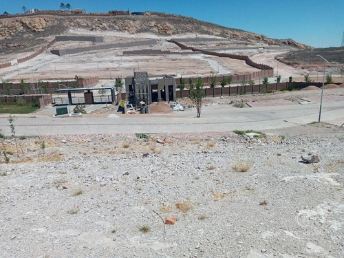 Imagen 1 de 3 de Terreno En Venta En Altozano