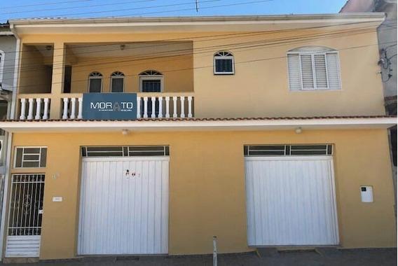 Casa Em São Lourenço ,sul De Minas , Bairro Residencial ,03 Quartos , Suite , 02 Vagas De Garagem. - 441