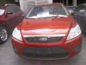 Ford Focus Sedan Ambiente At 2009 Naranja