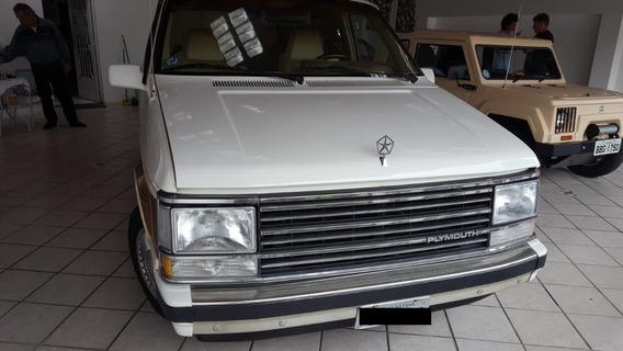 Plymouth Voyager ( Van) 4cc Automatica Raro Modelo No Brasil