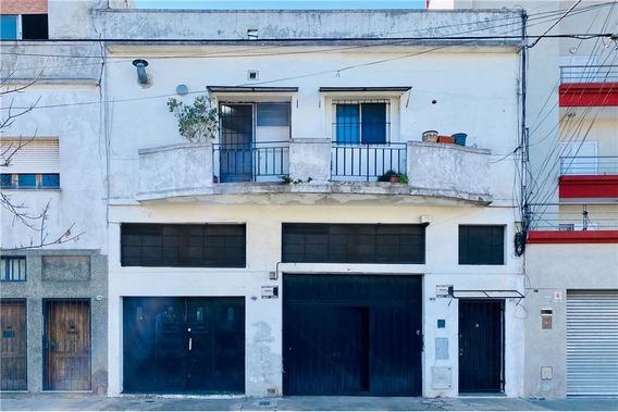 Venta Casa Tipo Ph 6amb+galpon+garage- P.chacabuco