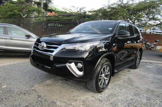 Toyota Fortuner 2018 $34999