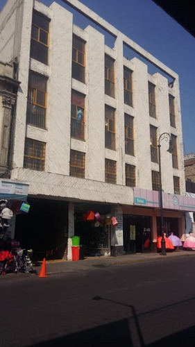 Imagen 1 de 14 de Excelente Edificio De Productos