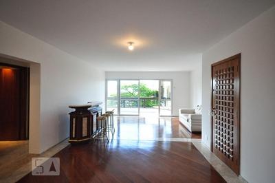 Apartamento No 3º Andar Mobiliado Com 4 Dormitórios E 3 Garagens - Id: 892830536 - 130536