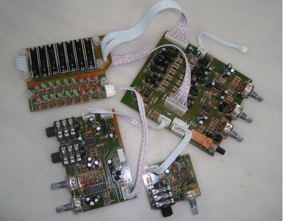 Placa Pre Amplificador E Equalizador P/ Caixa Trc388 389 399