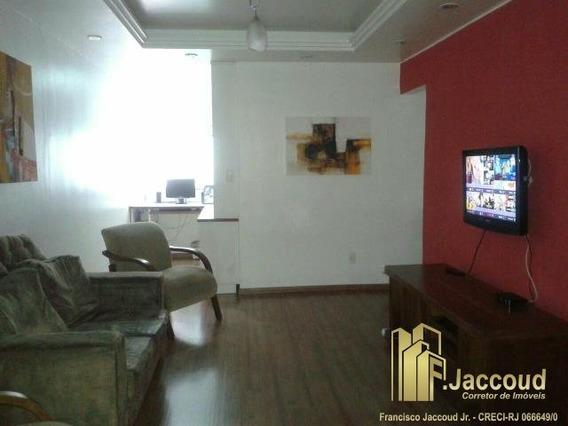 Apartamento A Venda No Bairro Centro Em Nova Friburgo - Rj. - 1230-1