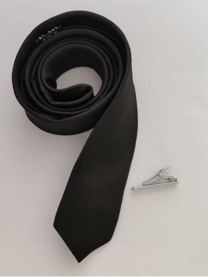 Corbata Negra Slim + Pisacorbata Plateado + Envío Gratis