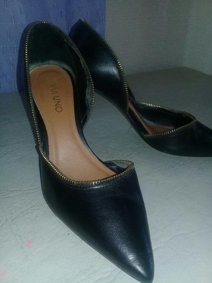 Zapato Negro Punta Fina