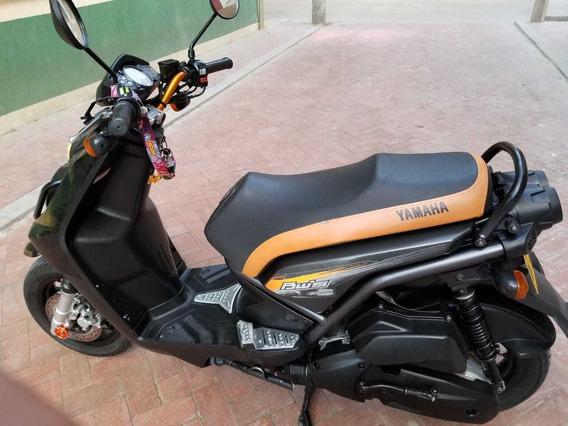 Venta Moto Bwis Color Negra, Excelente Estado