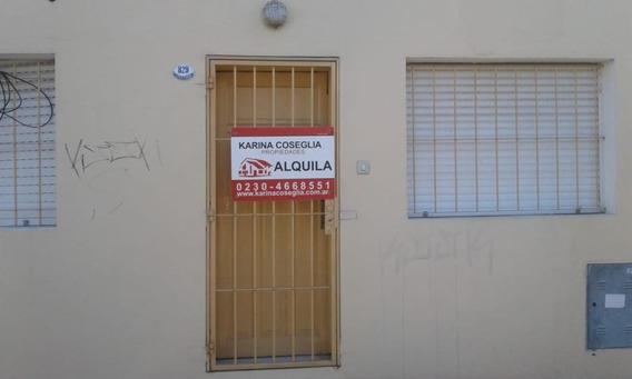 Casa En Alquiler En Pilar Centro