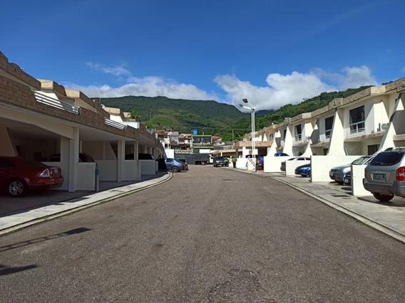 Urbanización Santo Cristo . Ubicada En Barrio Sucre.