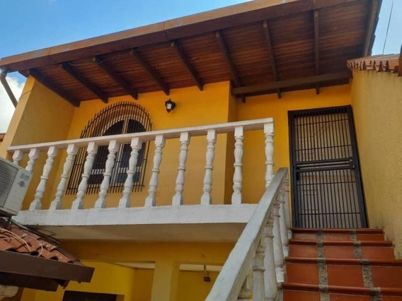 Rah20-3540 Apartamento En Alquiler En Bqto
