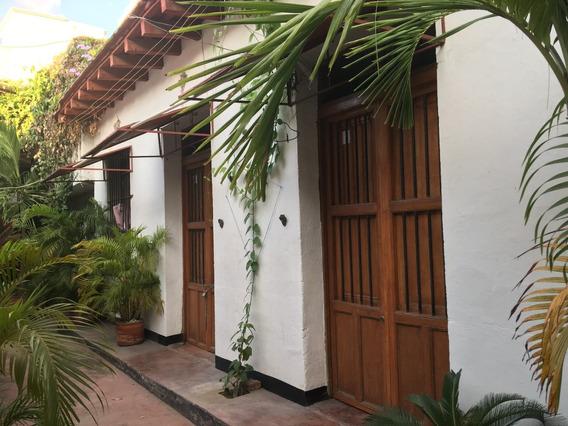 Casa En Venta Centro Historico Santa Marta