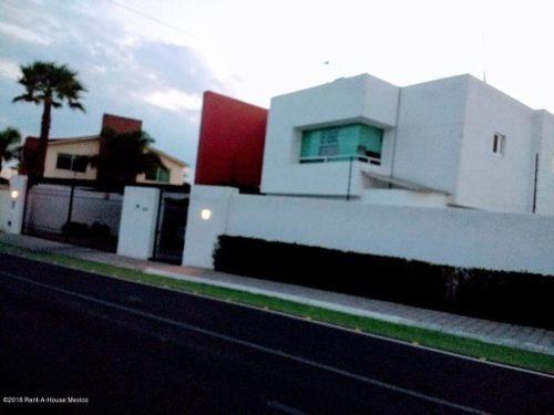 Casa En Venta En Juriquilla, Queretaro, Rah-mx-20-794