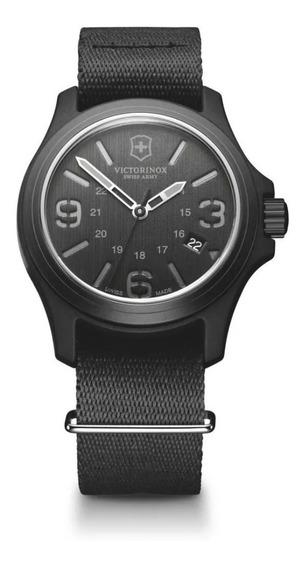Reloj Victorinox Black Dial Nylon Strap 241517