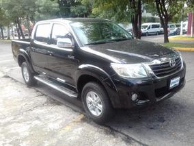 Toyota Hilux 2.7 Cabina Doble Sr Mt