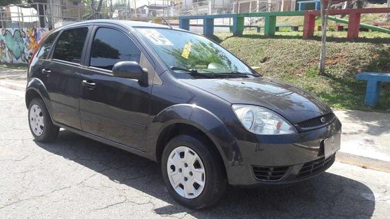 Fiesta 1.0 2005 / Completo - Ar