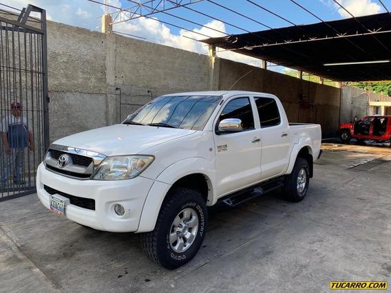 Toyota Hilux 2tr
