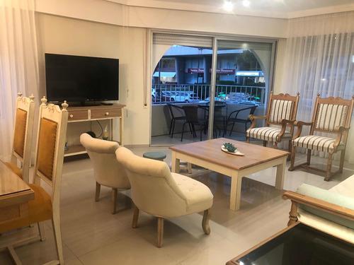 Imagen 1 de 10 de Apartamento En Península , Reciclado Y Súper Comodo