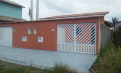 Casa Á Venda Na Praia,com 2 Quartos,em Itanhaém-sp