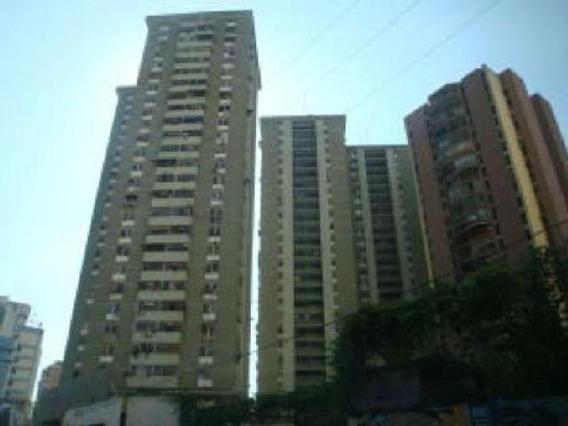 Venta De Apartamento 80mts2 En La Maracay Gbf20-7408