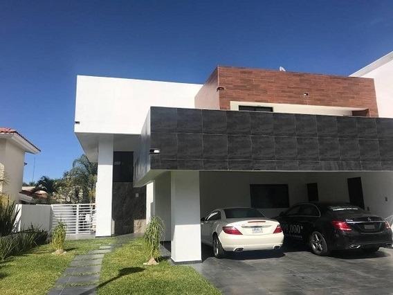 Casa En Venta Pueta De Hierro, Zapopan