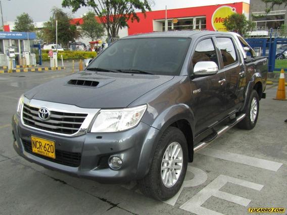 Toyota Hilux Vigo 3.0 At 4x4