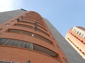 Apartamento En Venta Prebo Valencia Cod 20-18393 Ddr